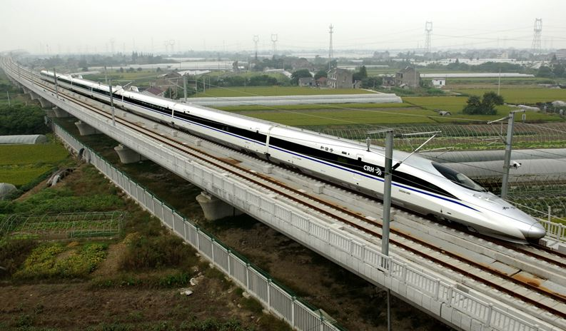 10 fastest trains of the world 2013 reckon talk for China railway 13 bureau group corporation