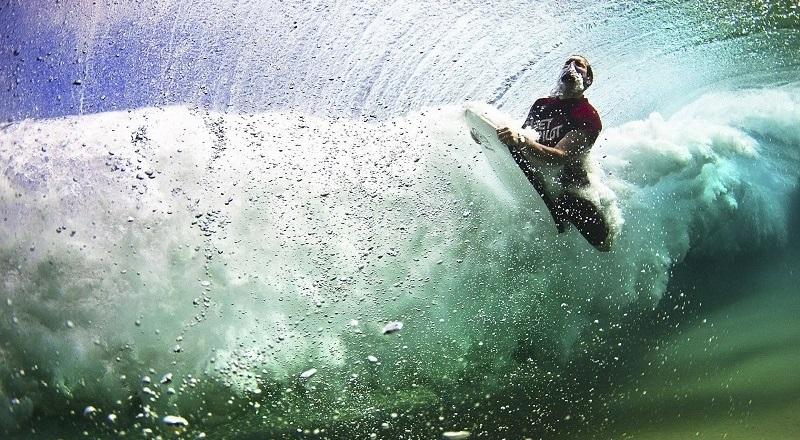 underwater_photos_surfer