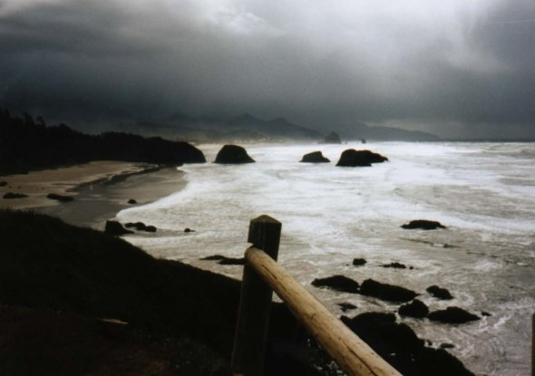 dumas beach, haunted places in gujarat