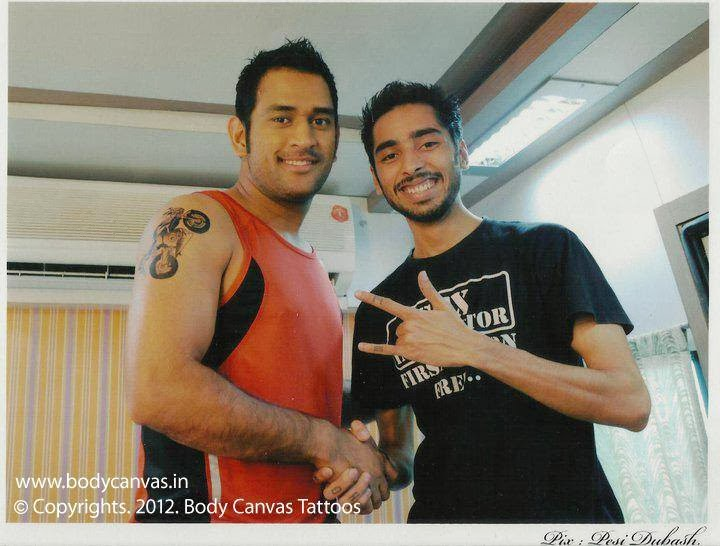 micky malani with celebs, micky malani, micky malani with anushka, micky malani with dhoni, micky malani tattoo, indian tattoo artist, celebs tattoo artist, television actors tattoo, ms dhoni tattoo, anushka sharma tattoo, cricketers tattoo, aamir khan