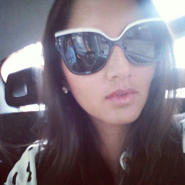 sania mirza photos, sania mirza selfie, selfie of sania, sania mirza images, hot sania mirza, selfie of indian celebs, selfie of tennis player, facebook images of sania, sania mirza on social networking, hot indian player, hot selfie, hot indian selfie, hot asian selfie.