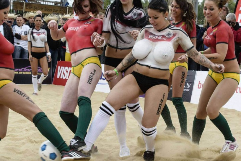 Lesbian clubs new england