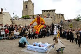 weird-baby-jumping-festival