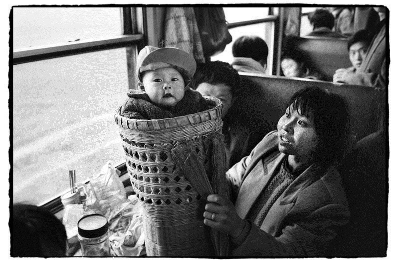 26 Black And White Photos Of Chinese Kids Family And