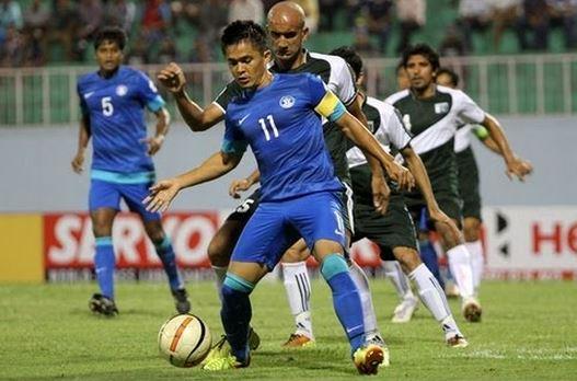 india vs pakistan football, india vs pakistan football friendly, pakistan football news, pakistan tour of india 2014, football resume, pakistan visit india, india football news, india's football match
