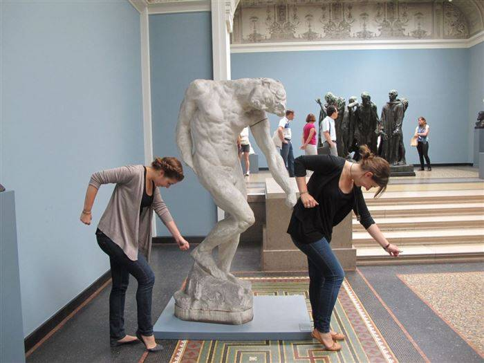 People Brought Statues to Life 25