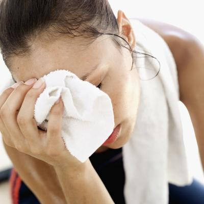 tips to stop excessive sweating, tips for excessive underarm sweating, how to control excessive sweating, how to control excessive sweating naturally, how to control excessive sweating armpits, ways to control excessive sweating top tips, beauty tips