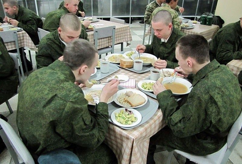 russian soldiers, army food, russia army meals 2014, russian bread, russian breakfast, russian lunch, russian dinner, what russian eats, russian army, instagram, russian instagram