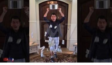 celebrity, charity, charlie sheen, ice bucket challenge, twist, #icebucketchallenge, ALS