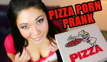 pornstar prank, internet pornstar, pornstar london keyes, london keyes, london keyes prank a pizza guy, london keyes prank, pizza prank, london keyes porn, latest porn prank, latest video of london keyes, steve greene comedy, steve greene prank, steve greene videos, viral video, omg, lol, funny video, hot london keyes