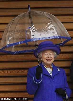 99ba3bd8c758 9 Things You Never Knew About Queen Elizabeths Iconic Launer Purse