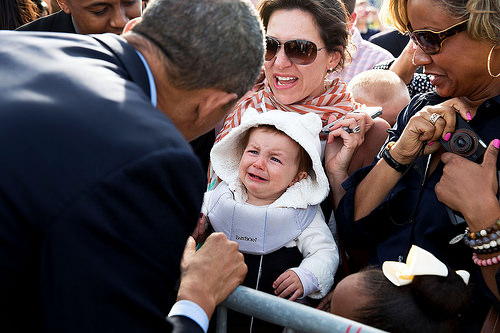 obama with kids, kids with obama, kids in white house, barack obama, white house official images flickr, adorable child, usa, funny images white house, obama kidding, funny side of obama, fun photos usa kids, lol images, omg images, cute kids with president, baby with obama, babies with obama