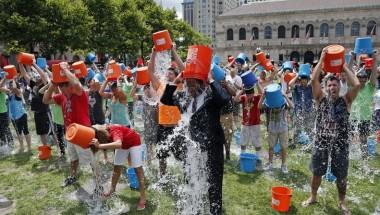 kids reaction on als ice bucket challenge
