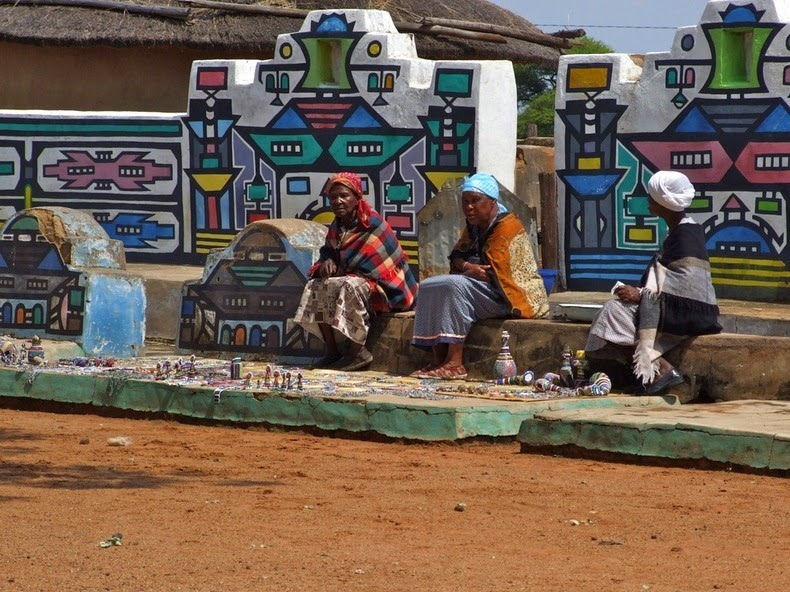 ndebele house painting 14
