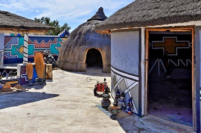 ndebele house painting 4
