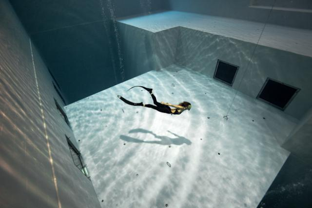 Nemo 33 The Deepest Indoor Swimming Pool In The World