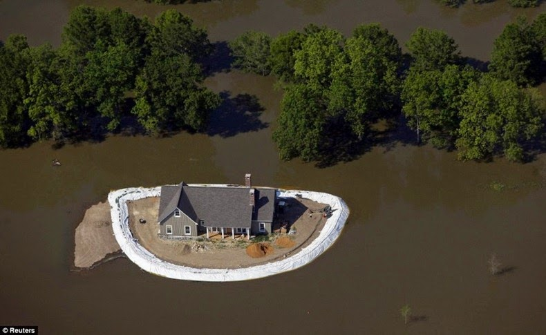 mississippi, island homes, flood homes, how to save home from flood, america, wow