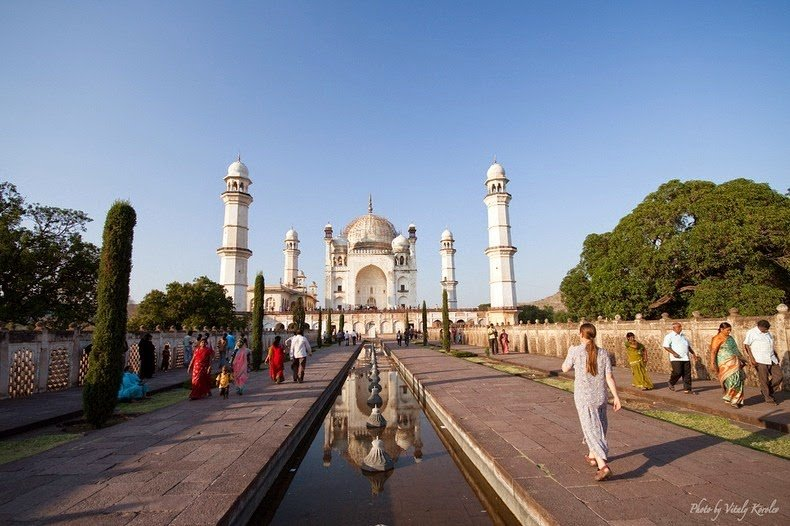 12 Interesting Photographs Of Quot Bibi Ka Maqbara Quot The