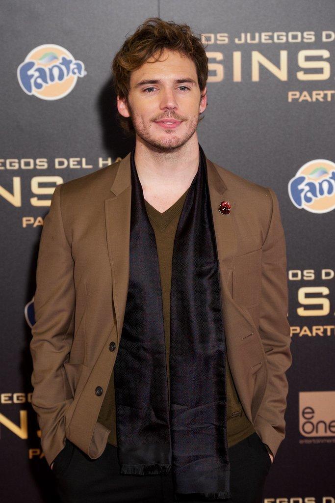 6.Sam-Claflin-attended-Madrid-premiere-Hunger-Games