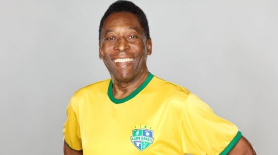 pele the great soccer player Best of pele sikert loading pelé dribbling 2-6 players and score 50 goals - duration: one of the greatest moments in football history.