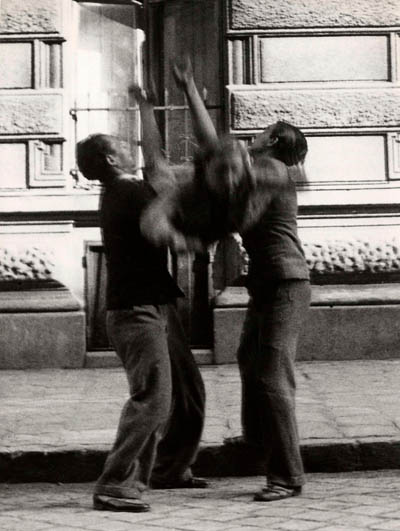 How Budapest Became A City of Smiles From City of Suicides in 1930's  Hungary History (9)