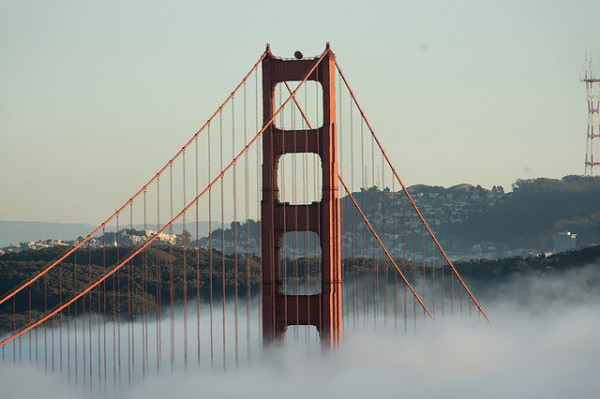 Interesting-Facts-About-The-Golden-Gate-Bridge-Into-The-Clouds-600x399