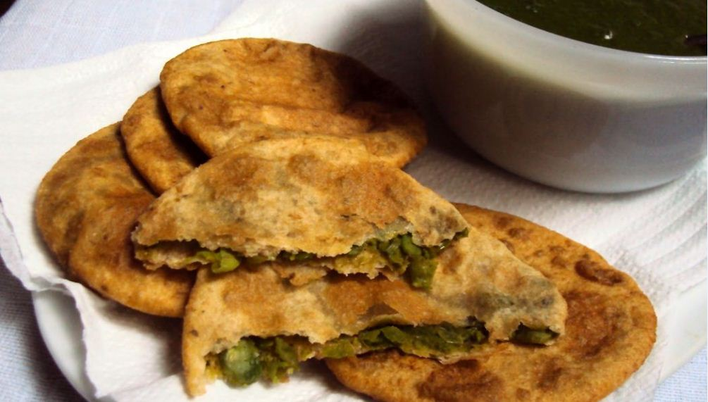 India has a diversed cuisines which are authentic to its different states. Here is the list of 27 delicacies from across India.