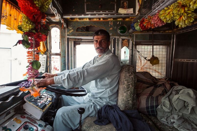 horn please, decorated Trucks of India, dan eckstein, colorful indian trucks, lifeline of indian roads, india, awesome, wow, indian truck driver photo, buri nazar wale tera muh kala, use dipper at night, Ok tata, fil milenge, writeups on indian trucks