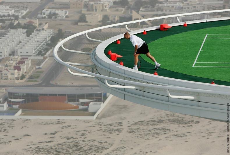 tennis in the sky, world's highest tennis court, burj al arab, andre agassi, roger federer, omg, tennis, tennis court, james the devil