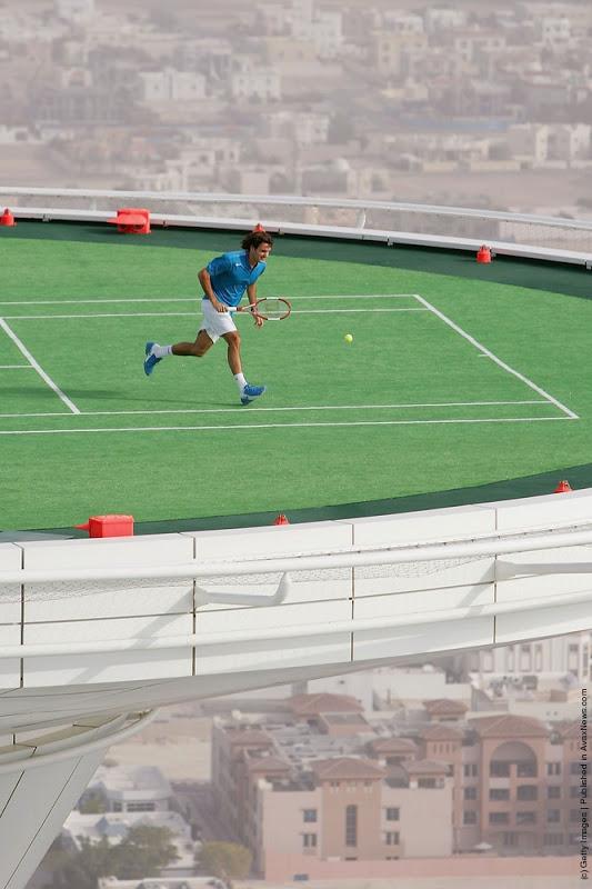 Andre Agassi Vs Roger Federer On World S Highest Tennis