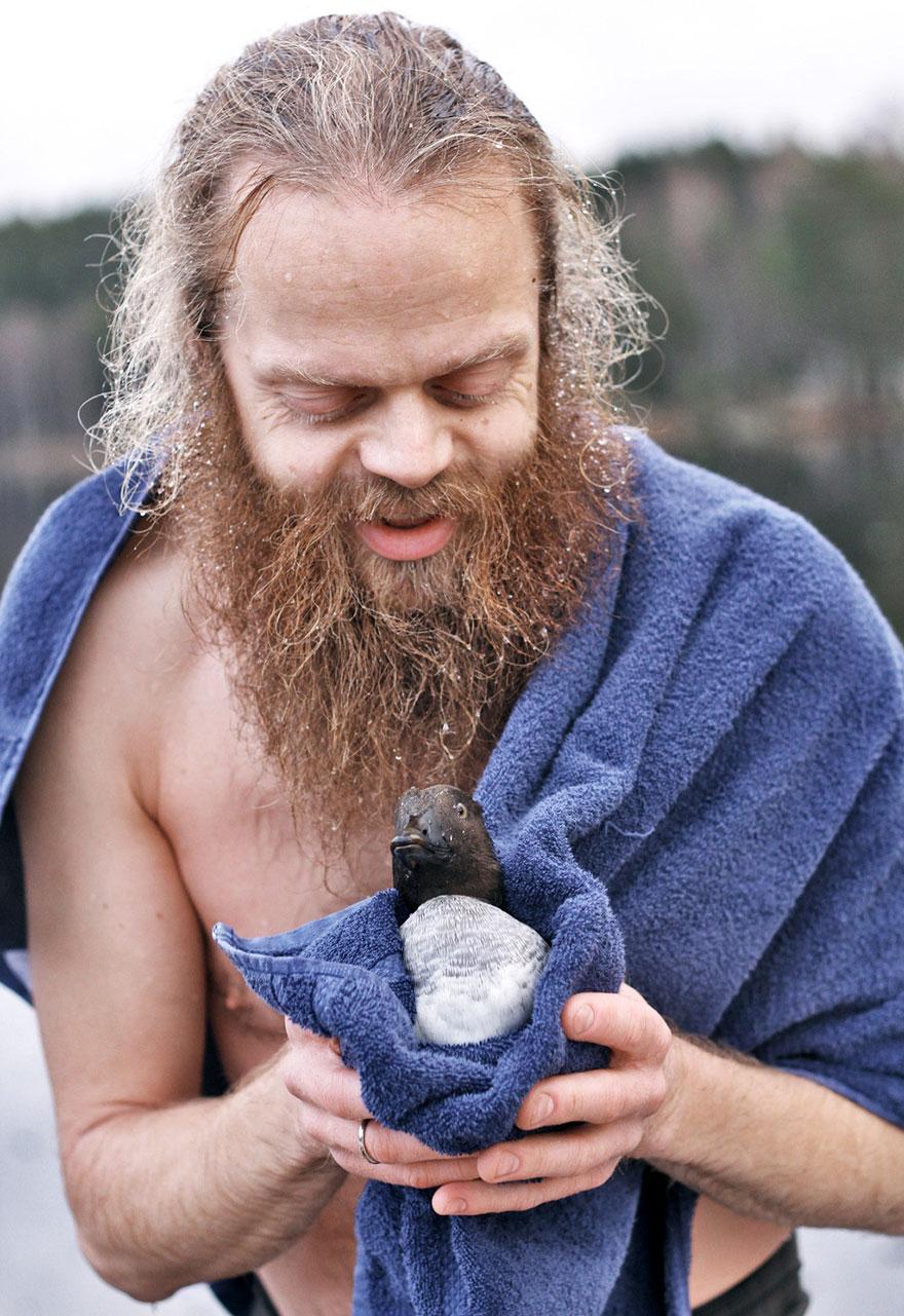 norway, animal rescued, bird rescued, duck rescued, frozen lake, humanity, real hero
