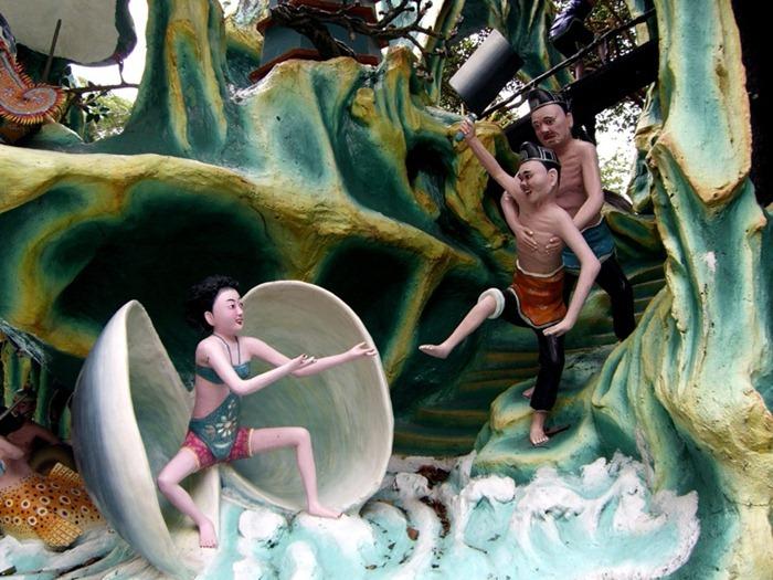 haw par villa, places, singapore, theme parks, travel, sculpture, WTF, woman breastfeeding statue, chinese mythological