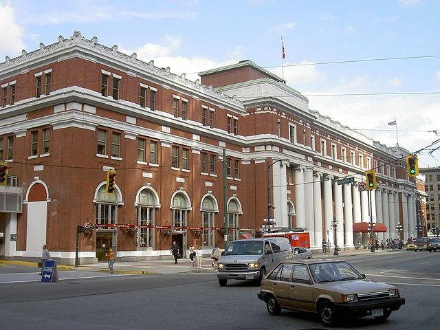 ghost, haunted, bizarre, train, haunted train stations, travel, scariest places on earth, mysterious, history