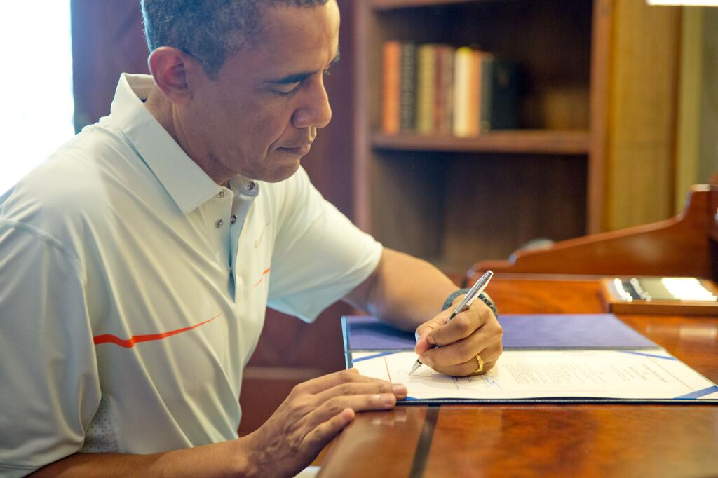 "writing to president obama David litt, former senior presidential speechwriter for president obama and author of ""thanks, obama: my hopey changey white house years"" (harper collins, 2017) he is now head writer, producer at the washington dc office of funny or die."