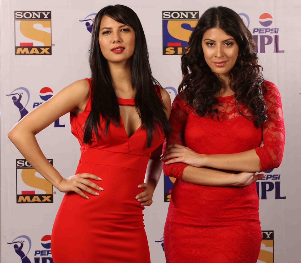Top 20 Cute, Hot & Sexy Female News Anchors in India | Reckon Talk