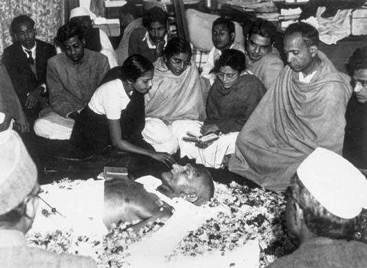 india, mahatma gandhi, nathuram godse, assassination of gandhi, gandhi killer, indian history, hindu