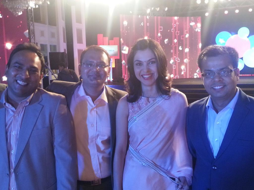 Shereen Bhan - Sexy Indian Journalist & TV News Anchor