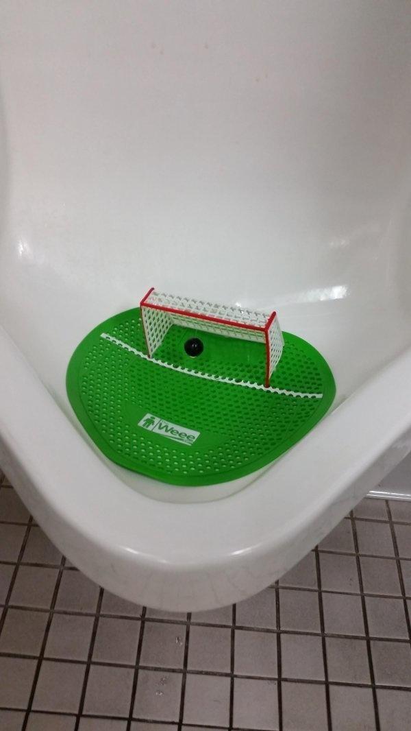 Top 20 Creative, Crazy & Bizarre Urinal  So Weird Toilet (14)