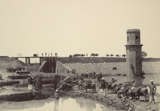 Head Works and Sluice, Chamaraj Water Works, Bangalore taken in the 1890s