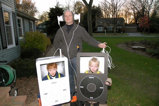 This dad's epic DIY Halloween costume