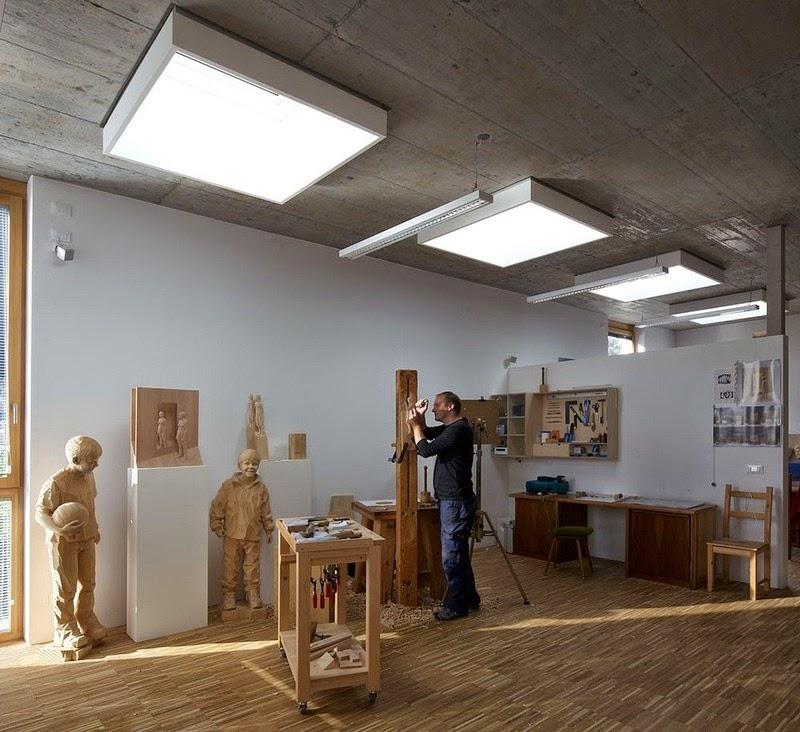 Wood Sculptures by Peter Demetz 19