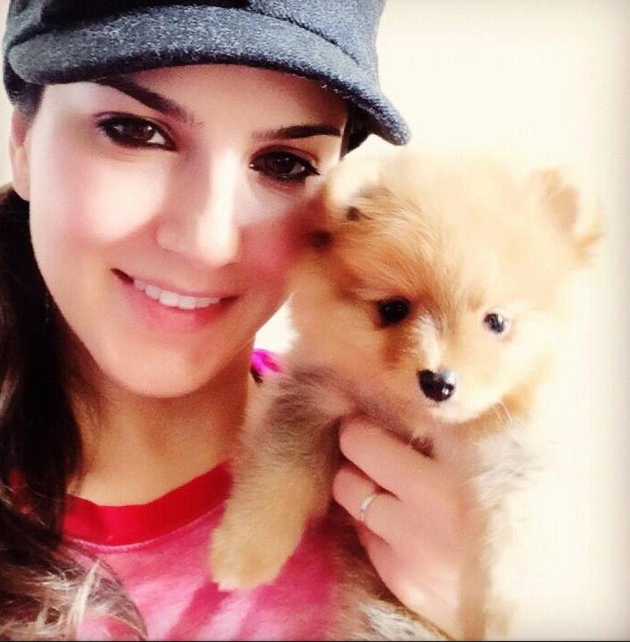 sunny Leone puppy