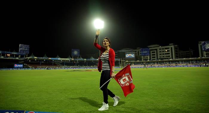preity zinta, preity zinta hot, preity zinta ipl, preity zinta cricket, preity zinta sexy, preity zinta kings xi punjab, preity zinta latest photos, preity zinta pics, preity zinta wallpapers, preity zinta images, preity zinta cute, Preity Zinta cheers, Preity Zinta IPL HUG, Yuvraj Singh Preity Zinta, Preity Zinta Ness Wadia, IPL Cricket, t20, Indian Premier League 2015, IPL 2015, pepsi ipl, Bollywood beauty, Bollywood actress, sexy cricket
