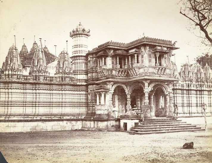 Ancient views of Hathee Singh Temple
