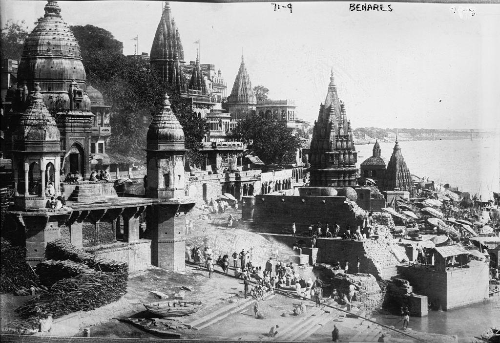 Benares_(Varanasi,_India)_-_1922