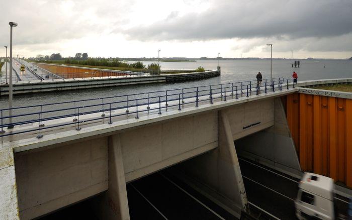 aqueduct veluwemeer 7