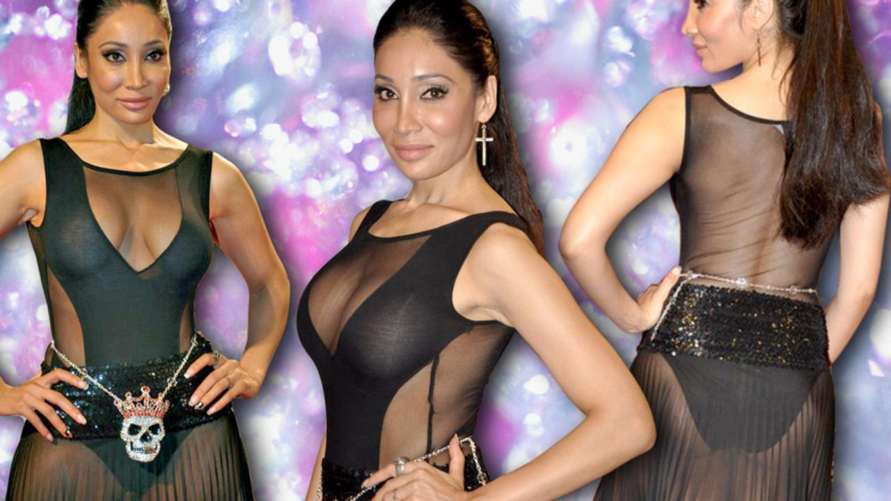 14 embarrassing wardrobe malfunctions of bollywood hot