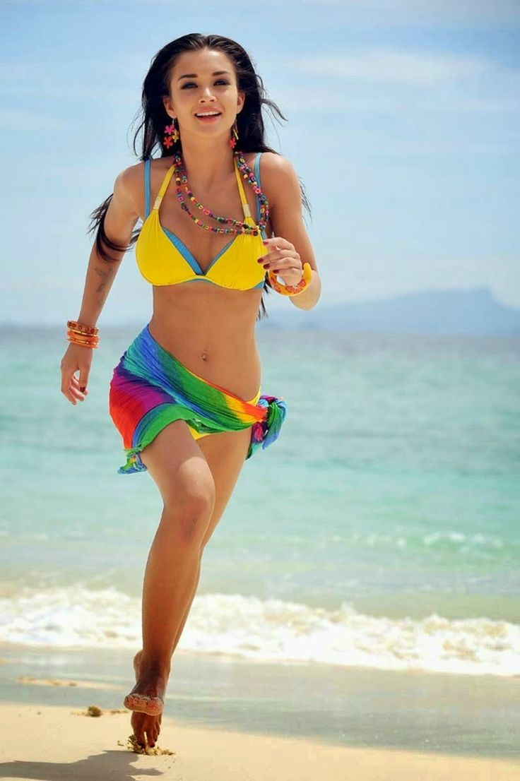 Amy Jackson Hot Bikini Unseen Pics 20 Photos Of I Actress