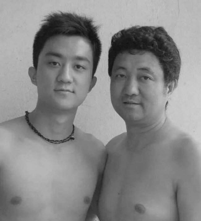 Father Took a Photo Every Year with his Son for 30 years  26 Adorable Pics 18