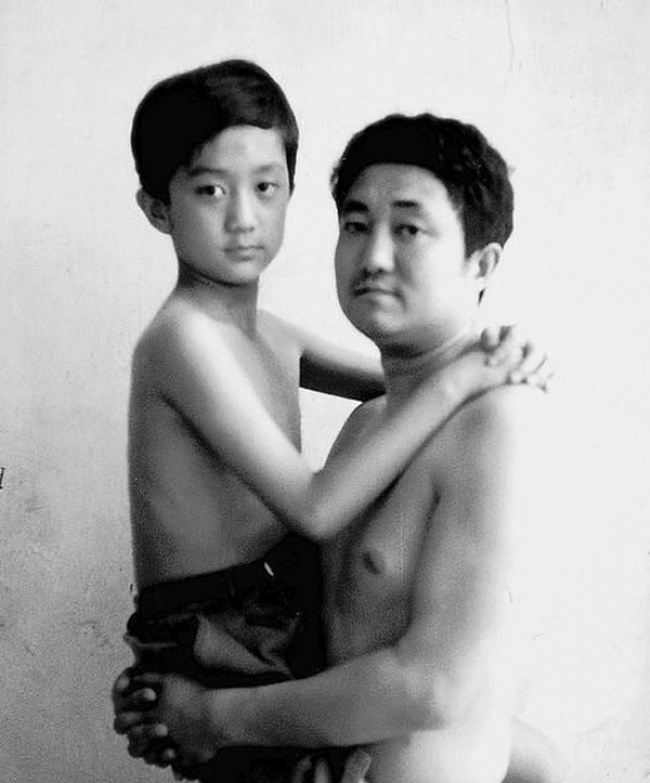 Father Took a Photo Every Year with his Son for 30 years  26 Adorable Pics 9